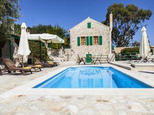 Villa Fiscardo con piscina